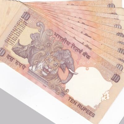 30 NOTE ENDING HOLLY NO 786 -10 NOTE 10RS, 10 NOTE 20RS, 10 NOTE 50RS VERY FINE EXTRA UNC