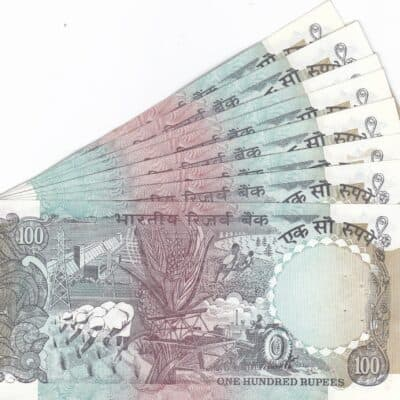 25 NOTE 100RS UNC SERIAL NO 5FQ 939030 TO 939054 SIGN C RANGARAJAN