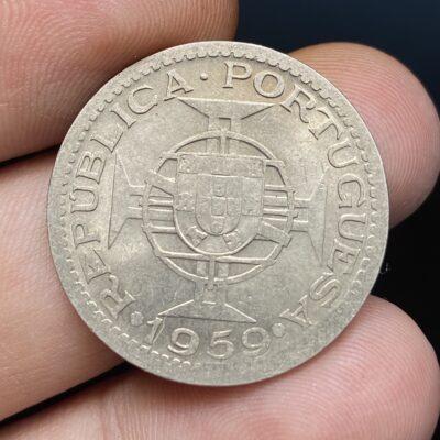 Portuguese India One Escudo UNC