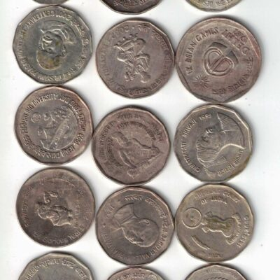 30 COIN 1RS (15) AND 2RS (15) Commemorative Fine Condition, All different coins