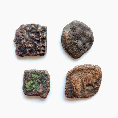 Mix lot 4 coins, Sunga Dynasty and Saurashtra Janpad Swastika, good grade