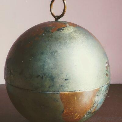 World Globe Cigarette Dispenser In Brass And Metal